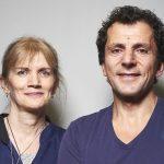 Dr Christophe Mylonas et son assistante